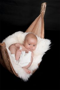 Neugeborene BabiesKleinkind